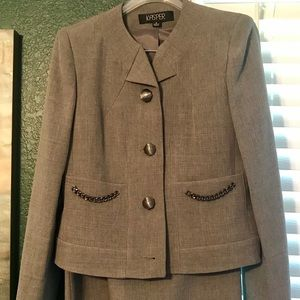 Kasper skirt suit